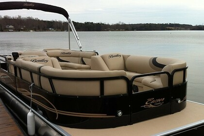 Aluguel Lancha Bentley Pontoon 22 Lago Travis