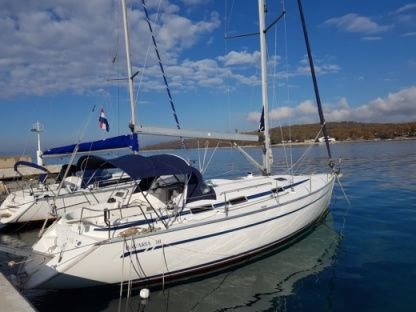 Rental Sailboat Bavaria 38 Njivice