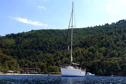 Hire Sailboat BAVARIA 42 42 Kavala