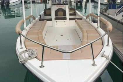 Rental Motorboat Royal Crown 35 Abu Dhabi