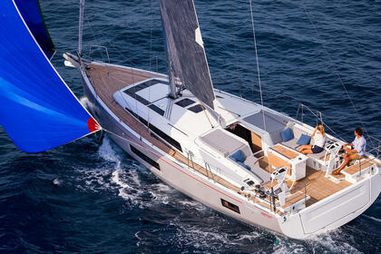 Charter Sailboat Beneteau Oceanis 46.1 Athens