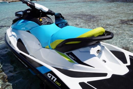 Jet ski SEA DOO GTI 130 peer-to-peer
