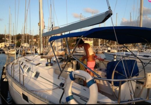 Sailboat Beneteau Oceanis 440 for hire