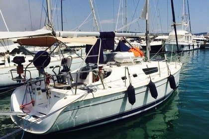 Rental Sailboat HUNTER MARINE 31 Punta Ala