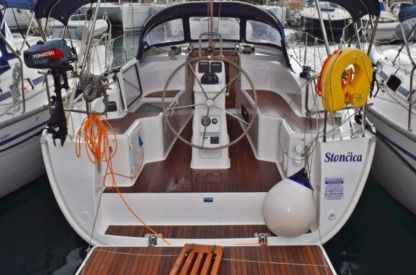 Rental Sailboat Bavaria 33 Cruiser New 2017 Kaštela