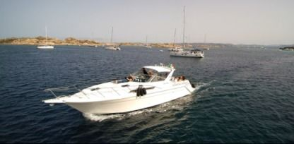 Charter Motorboat Chris Craft 42 La Maddalena