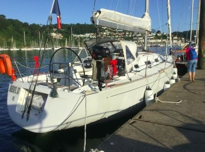 Rental Sailboat Beneteau First 36.7 Trebeurden