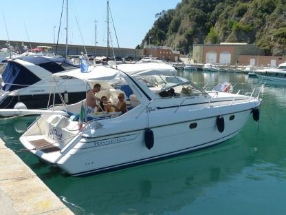 Rental Motorboat Princess Riviera 366 Arenzano