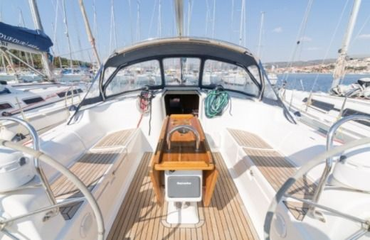 Sailboat Dufour 455 Grand Large (Lento) for rental