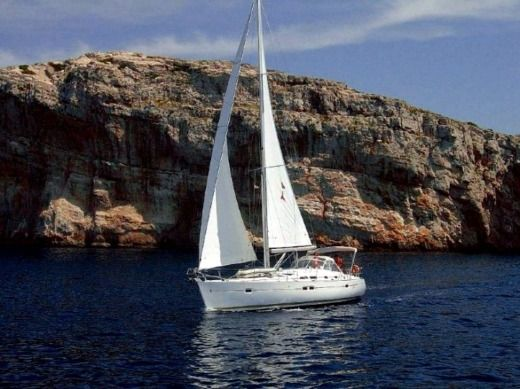 Sailboat Beneteau Oceanis 423 for hire