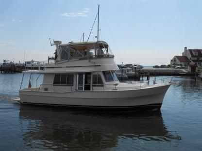 Rental Motorboat Mainship 400 Trawler Cape Coral