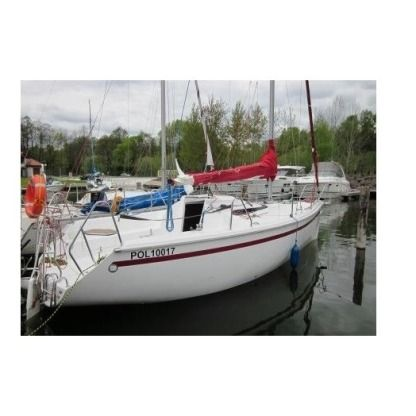 Charter Sailboat Twister 780 Gizycko