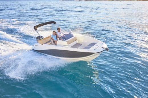 Charter Motorboat Quicksilver 555 Active Open Sukošan