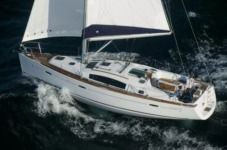 Beneteau Oceanis 40 in Birgu for hire