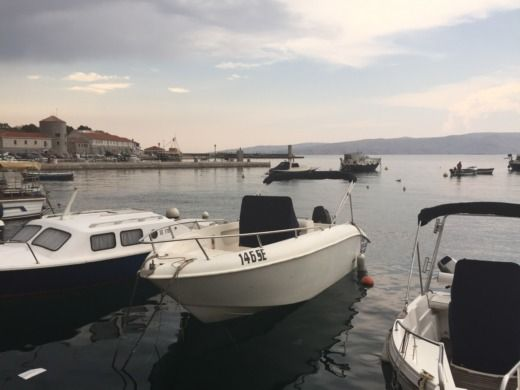 Motorboat 2005 Arkos Open 630 for hire