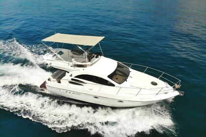 Rental Motorboat AZIMUT 39 FLY Marbella