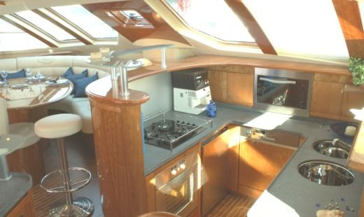 Catamaran Alliaura Marine Privilege 585 for hire