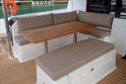 Rental Catamaran Fountaine Pajot Saona 47 Phuket
