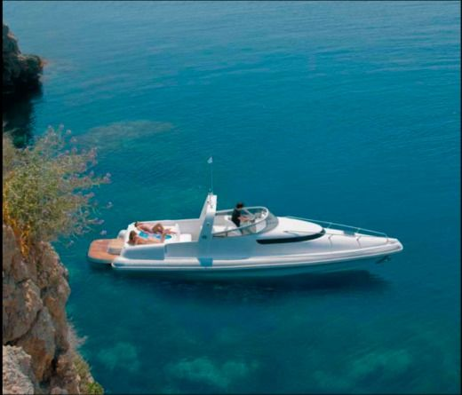 Motomarine Magna 35C in Chalkidiki for rental