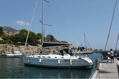 Charter Sailboat BENETEAU Cyclades 43.3