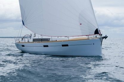 Rental Sailboat Beneteau Oceanis 45 San Francisco