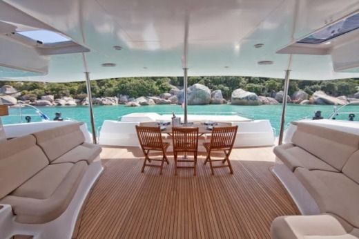 Catamaran Fontaine Pajot Galacea 65 Custom peer-to-peer