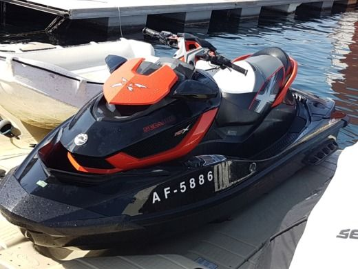 Jet ski SEADOO RXT AS260 peer-to-peer