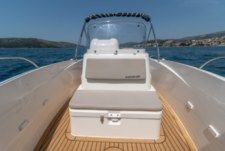 Quicksilver 555 Activ Open in Trogir