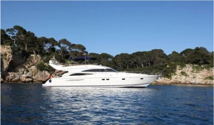 Charter Motorboat Princess 61 Fly Beaulieu-sur-Mer