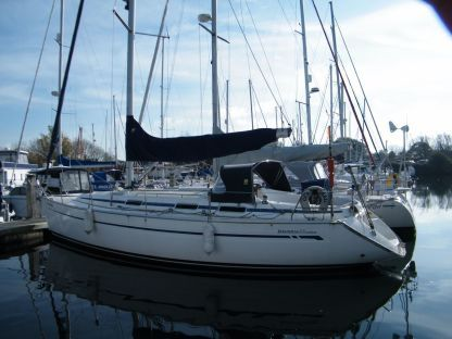 Charter Sailboat Bavaria 38 Cruiser San Vincenzo