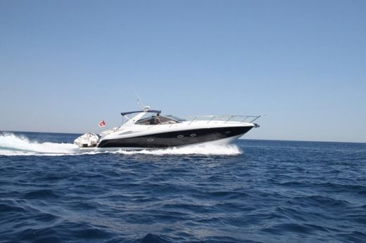 Sunseeker Portofino 46 in Saint Julian's