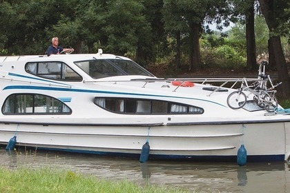 Hire Houseboat Peniche CAPRICE Chertsey
