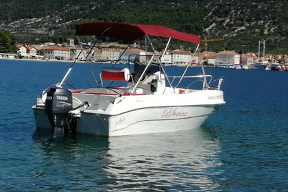 Hire Motorboat Blumax 19 Open Cres