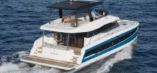 Catamaran Fountaine Pajot 44