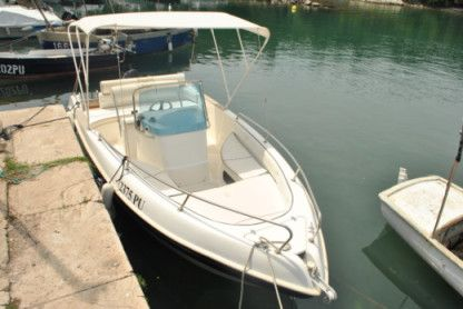 Charter Motorboat Marinello 19 Premantura