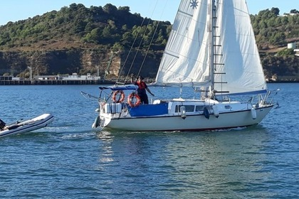 Hire Sailboat Tornado Boats Tornado 31 Lisbon