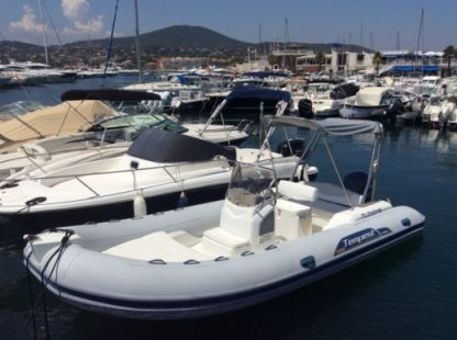 Location Semi-rigide Capelli Tempest 626 Sainte-Maxime