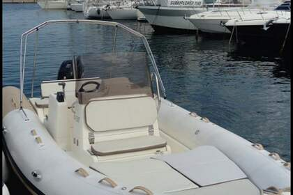 Hire RIB Zodiac Club 750 Saint-Tropez