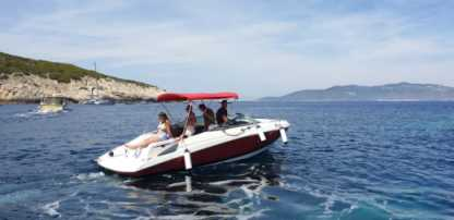 Charter Motorboat Regal 2240 Hvar