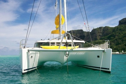 Charter Catamaran Lagoon 400 Leeward Islands