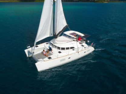 Rental Catamaran Lagoon Lagoon 380 S2 Saint Vincent and the Grenadines