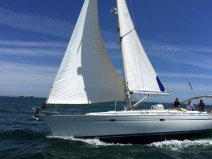 Charter Sailboat Bavaria 46 Lisbon