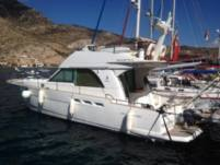 Motorboat Beneteau Antares 13.80 for hire