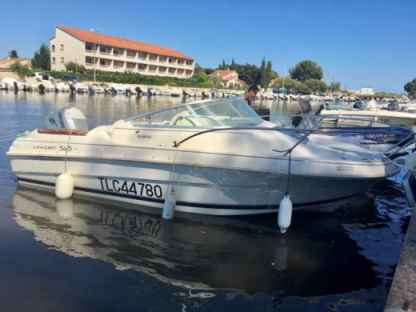 Rental Motorboat Jeanneau Leader 545 Hyères