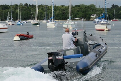 Hire RIB TARPON DV 60 Combrit