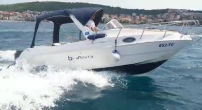 Rental Motorboat Saver Manta 620 Okrug Gornji