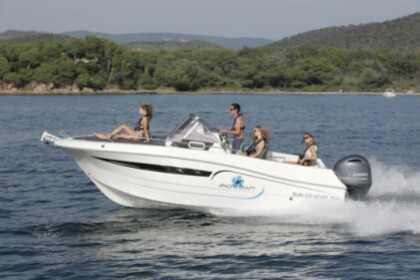 Charter Motorboat Pacific Craft 700 Sun Cruiser Formentera