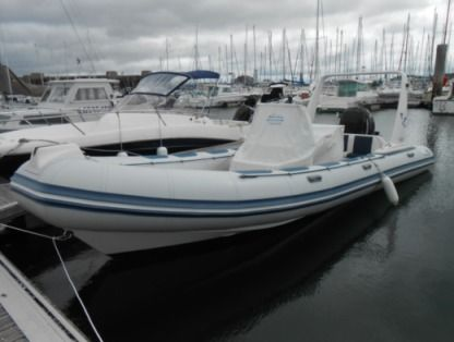 Location Semi-rigide Valiant Vanguard 7.50 Larmor-Plage