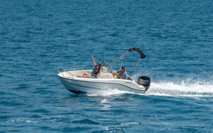 Rental Motorboat Quicksilver 455 Activ Open Split