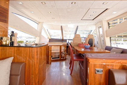Hire Motor yacht Sunseeker 63 Manhattan Saint Julian's